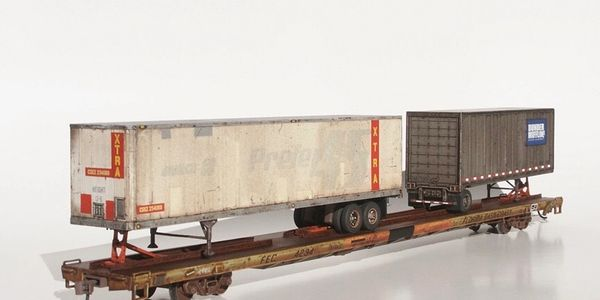 Custom TTX TOFC flatcar from photos give by customer.