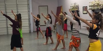 Hula classes, dance lessons