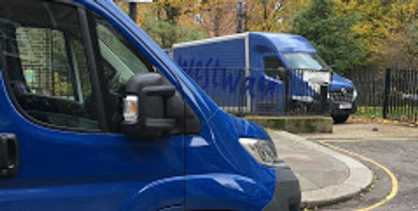 Westway Luton Van and Extra Large Van couriers on delivery