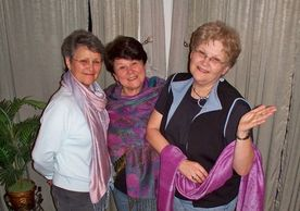 Here we are modeling the beautiful shawls that Lesly brought us from one of her trips to the Middle