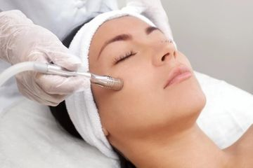 Save 20% on our Cell Renewal Facial this month when you schedule with Myranda.