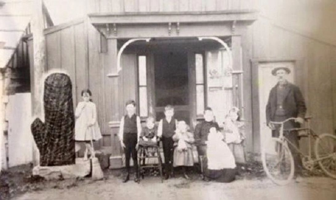 Omega picture, taken about 1905-06 in front of John D. Scott's home. Annie McKinney was a neighbor g