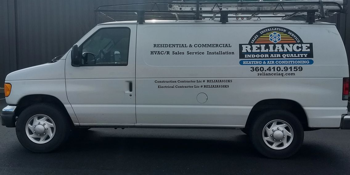 Heating & Air Conditioning Installation and Service Truck