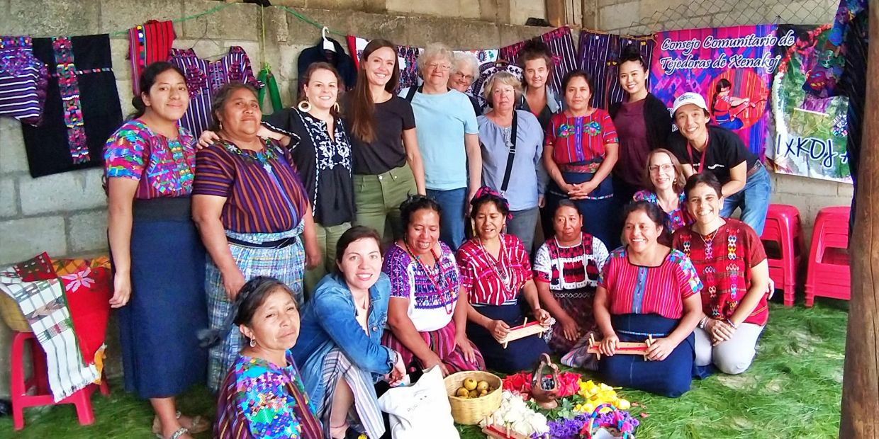 GUATEMALA weaving workshop and textile experience with GUATE 4 YOU
