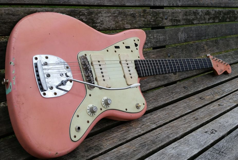 Revelator Jazzmaster styled Jazzcaster in  Coral
