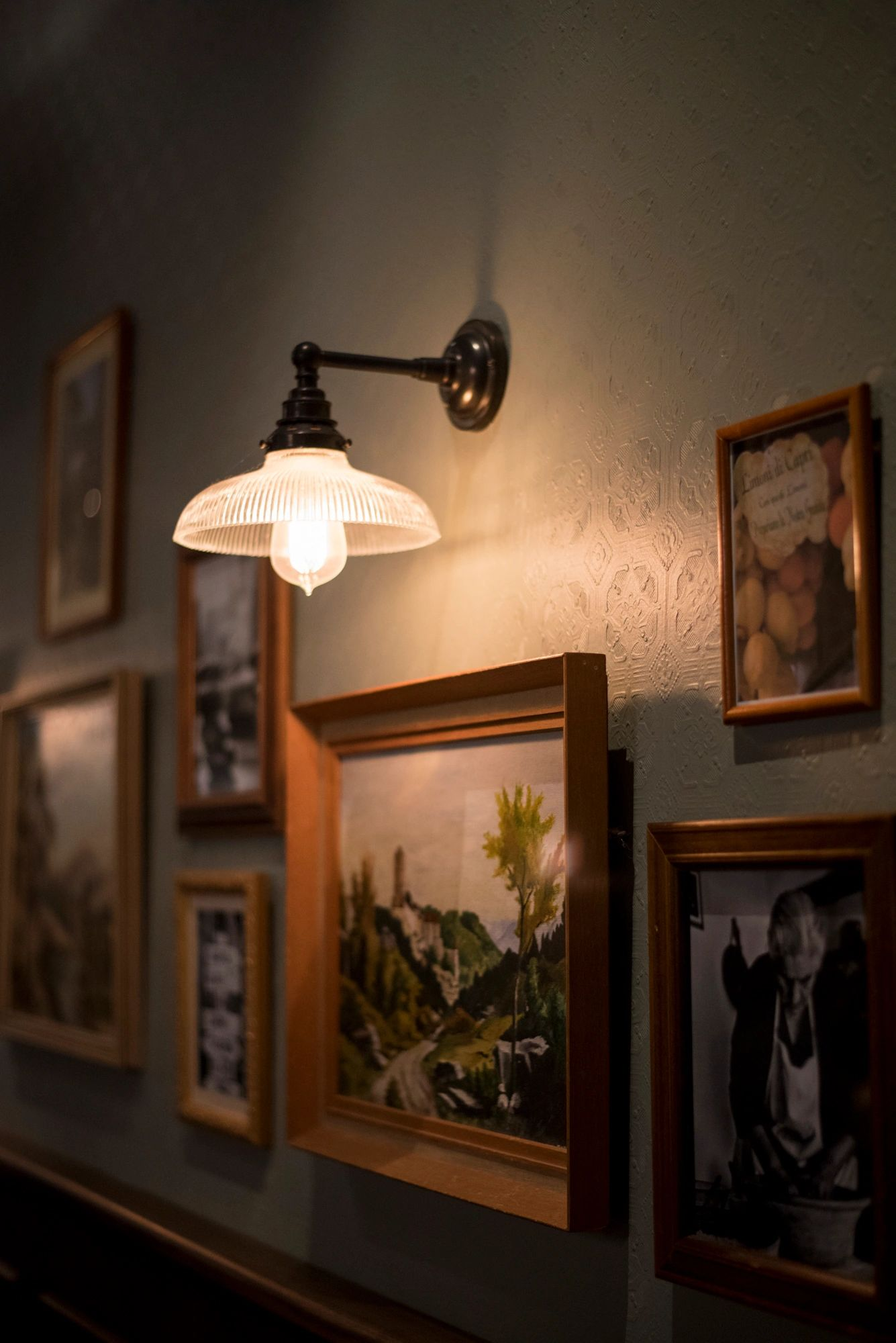 Old rustic Italian decor images cover our main dining room.