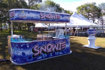 Snowie Kiosk for serving Shave Ice in Nova Scotia and New Brunswick 10 amazing flavours