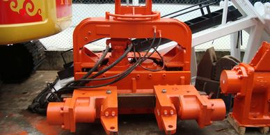 Cesco SFV excavator mounted Vibro with Caisson Clamp