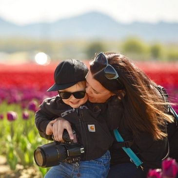 Jen Chesnut Photography, skagit valley, family, connection, lifestyle, light, tulips
