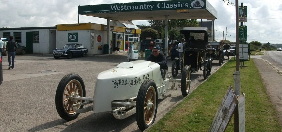 1905 White Steam racer,  With 1902 & 1908 Whites behind!