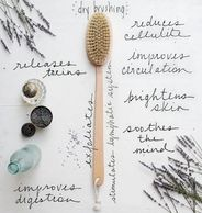dry brushing for lymphatic drainage