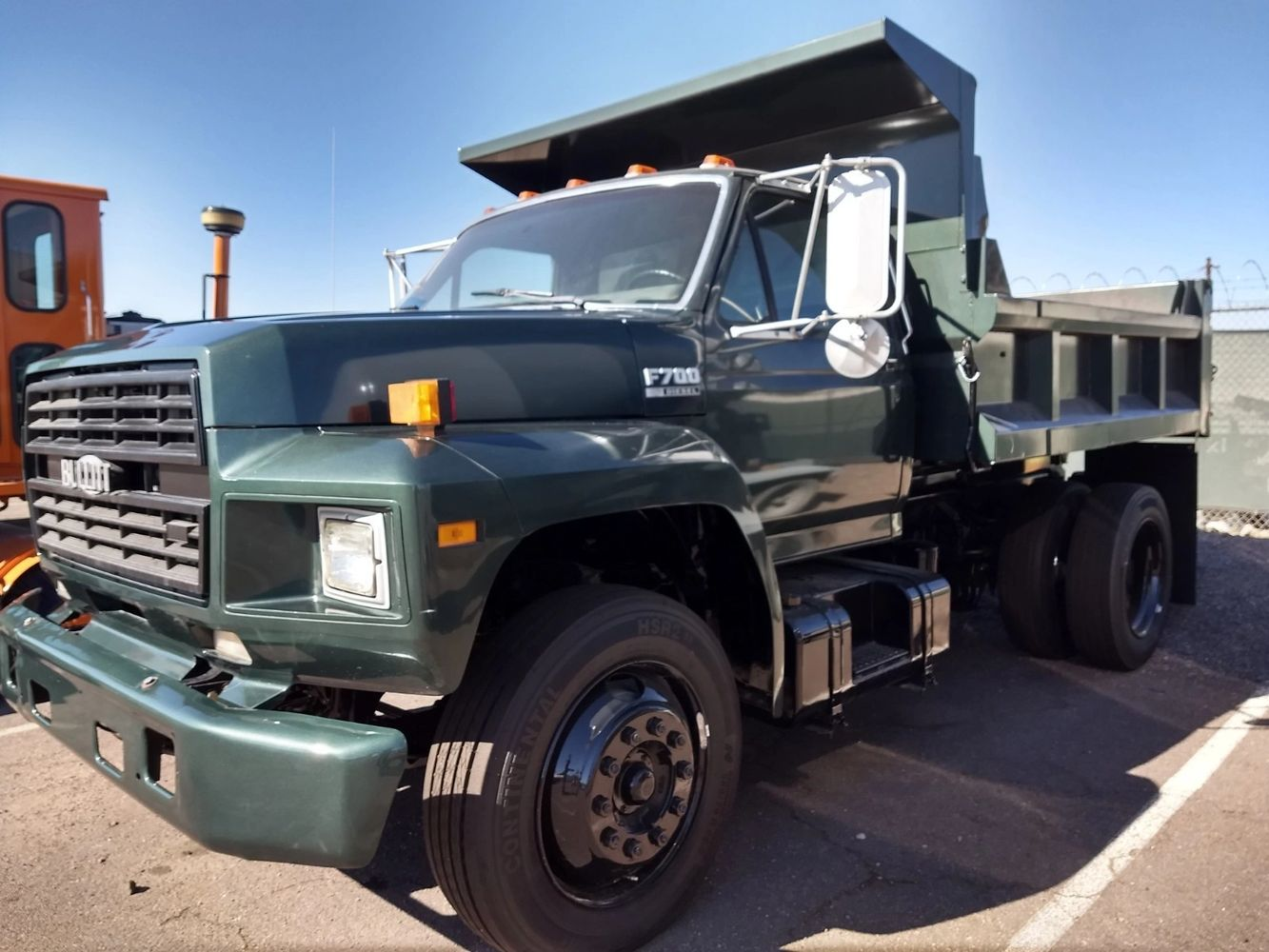 Reconditioned Commercial Trucks & Heavy Equipment