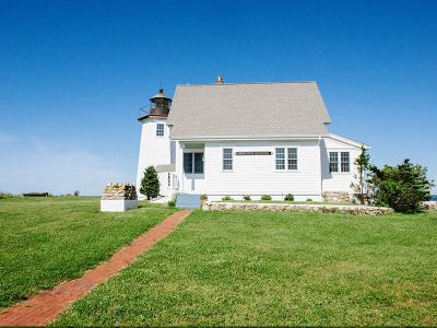 Welcome to Wings Neck Lighthouse vacation rental