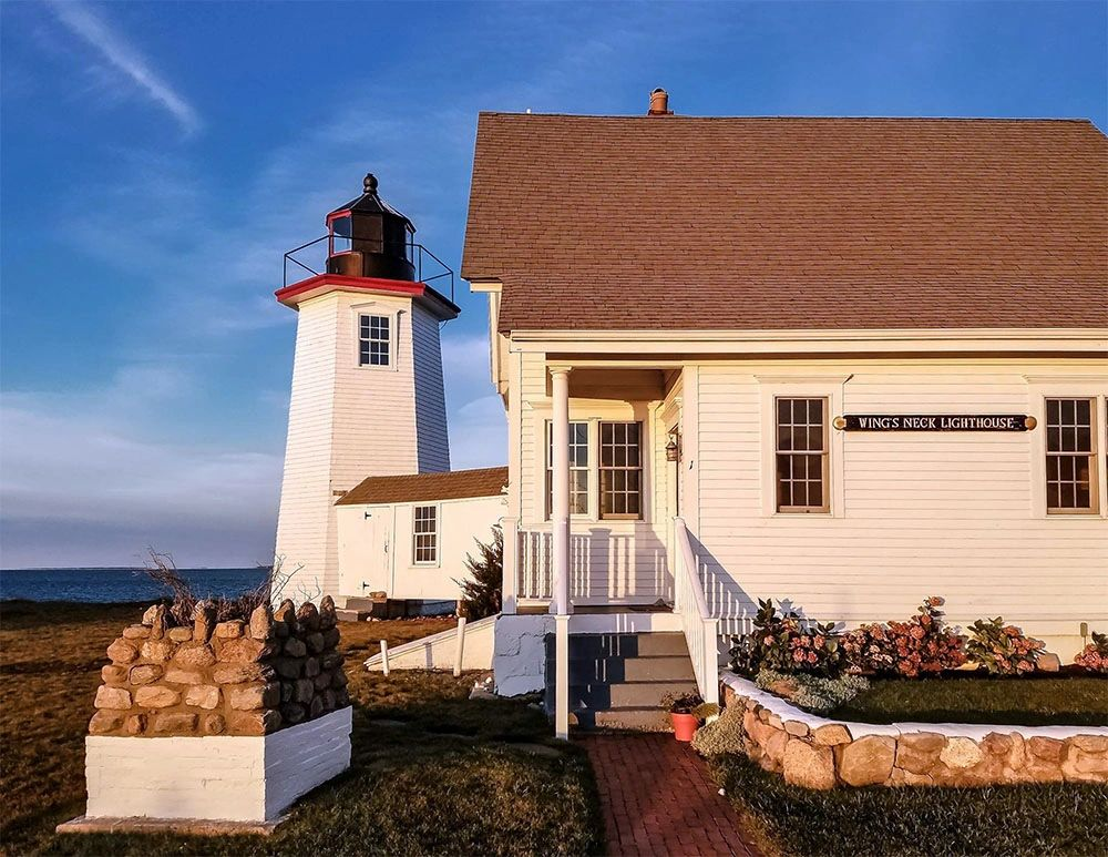 Welcome to Wings Neck Lighthouse vacation rental all year round