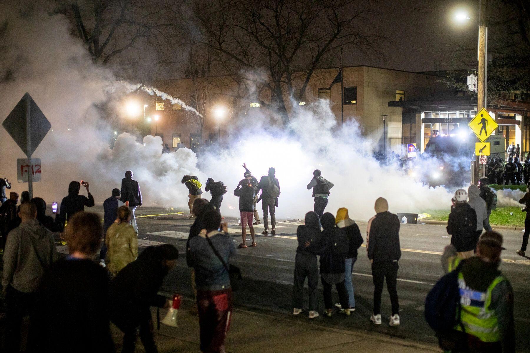 Crowd Protest After Police Near Minneapolis Shot Black Motorist0