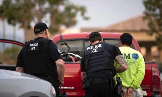 US Border Patrol Arrests 22 Wanted Fugitives in Texas Ports