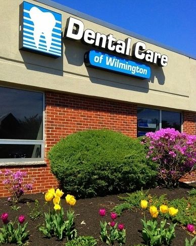 Dentist Wilmington extraction implant denture teeth whitening cosmetic dentistry CEREC crowns free