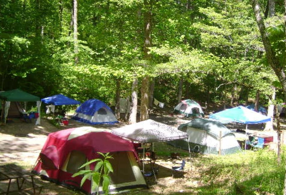 Flaming Arrow Campground Smoky Mountains Cherokee camping tents