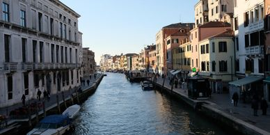 Venice, mass tourism, tourism, train, gondola, gondolier, cruise,ships, canals, education, video, st