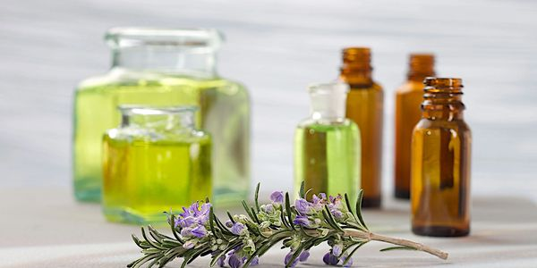 Essential oil benefits come from their antioxidant, antimicrobial and anti-inflammatory properties.