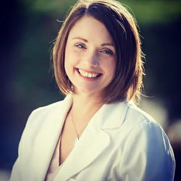 Dr. Michelle Williams Naturopath in Vancouver specializing in Women's Fertility, Women's Health, Regenerative Medicine.