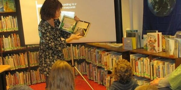 Author E. Merwin presentation at Castleton Library Vermont 2018