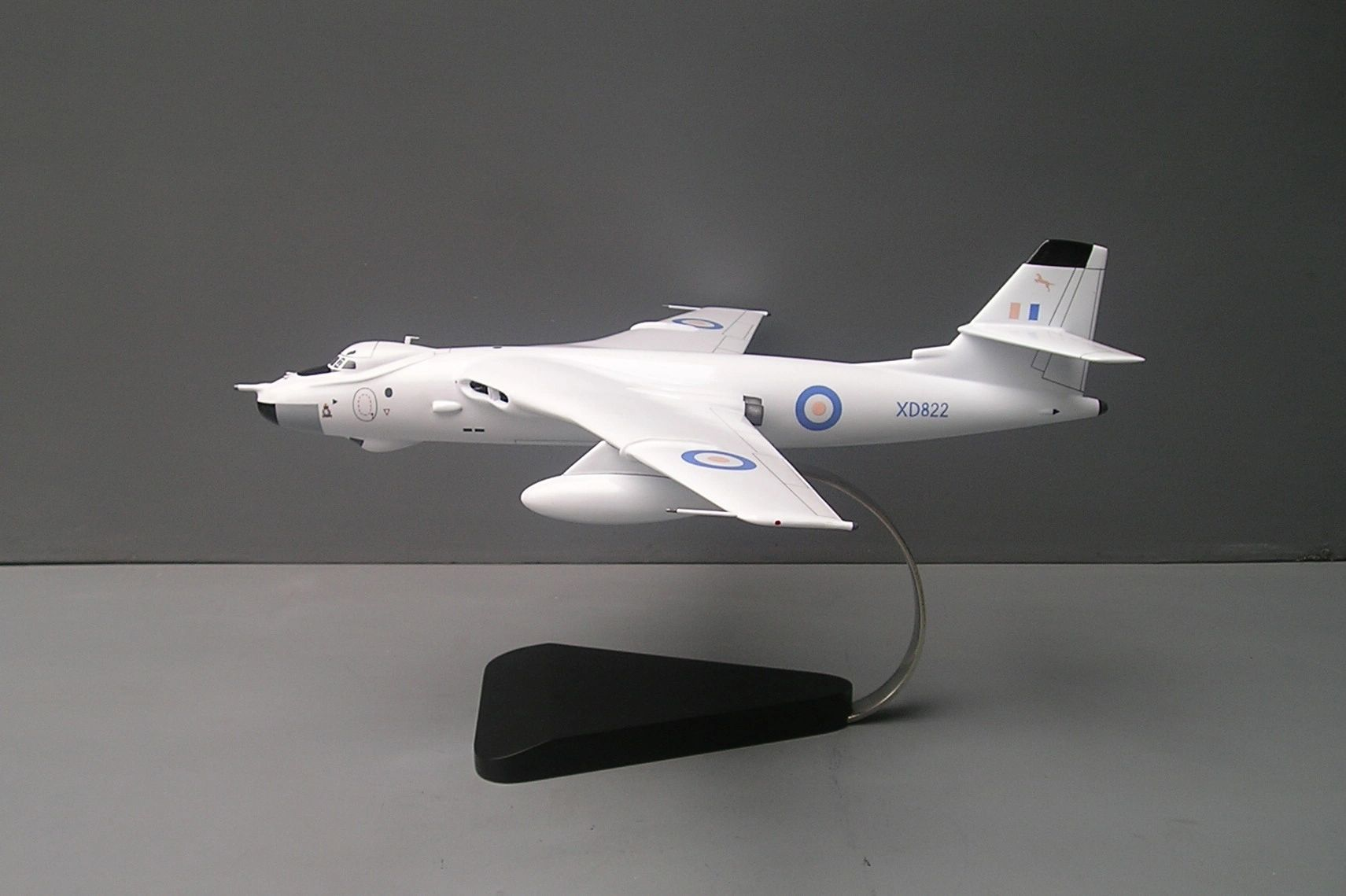 Valiant desktop model