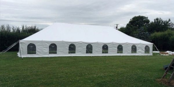 Traditional Marquees for hire in Lincolnshire for weddings.