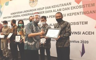 On Aug 4th, 2020  LIF received award from Indonesian Ministry of Environment and Forestry for contri