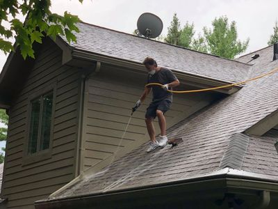 ugly shingles roof cleaning michigan soft-wash mold mildew algae exterior house washing geroux