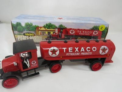 DIE CAST 1920 PIERCE ARROW BANK (ERTL) *TEXACO*