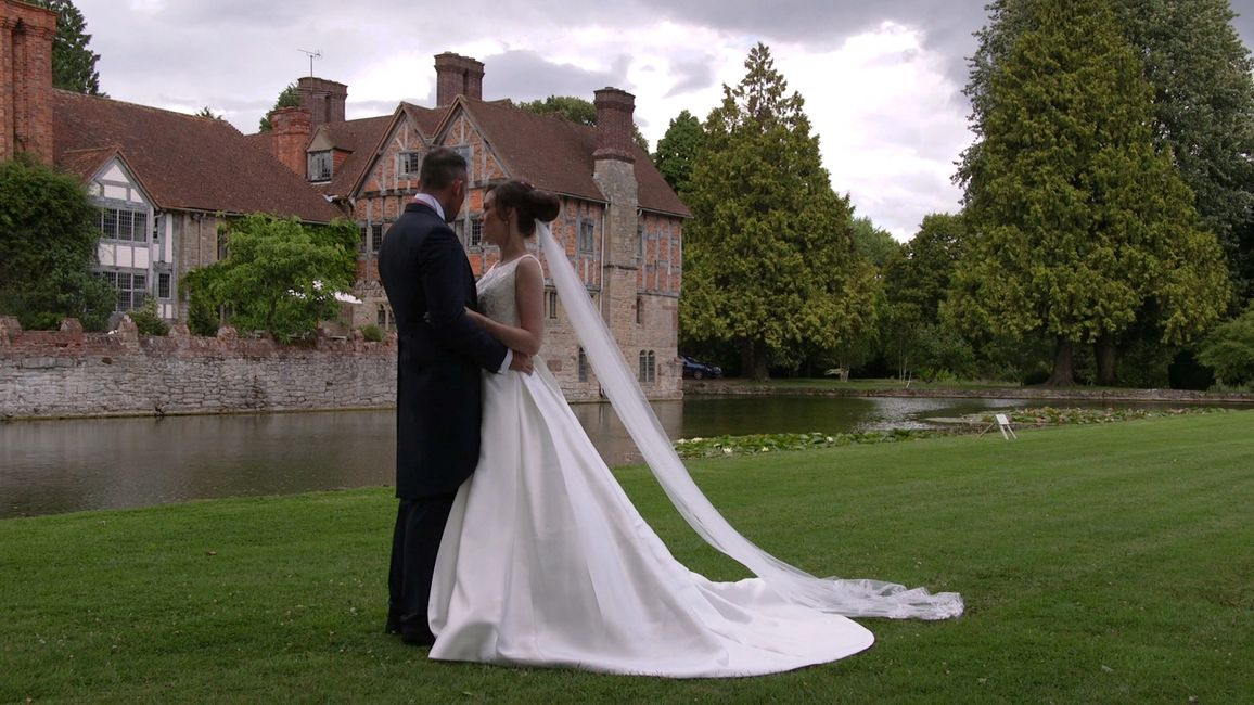 Stunning bespoke wedding photographs at the glorious Bishmorton Court