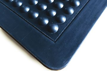 "Bubble Mat. 2' x 3' x 5/8"" or 3' x 4' x 5/8""  Anti-fatigue, air cushioned for extra comfort. Durable"