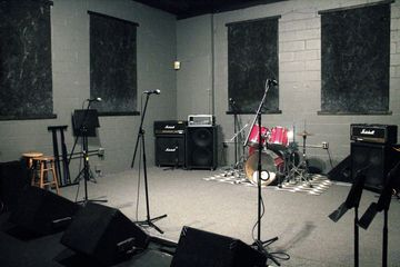 room4 thearoom thearoomstudio rehearsal drums guitar hicksville newyork  studio music