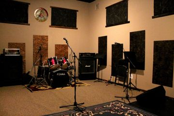 room1 thearoom thearoomstudio rehearsal drums guitar hicksville newyork  studio music