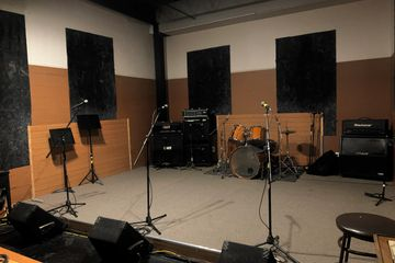 room2 thearoom thearoomstudio rehearsal drums guitar hicksville newyork  studio music