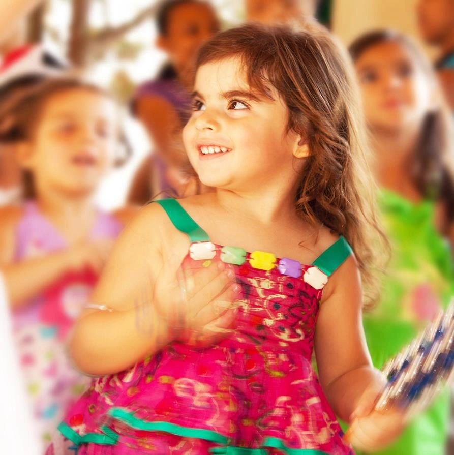 Lively toddler dance, music and movement classes for children