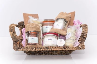 Hamper with product range