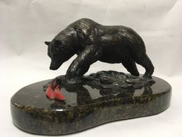 Bronze Grizzly Bear Sculpture