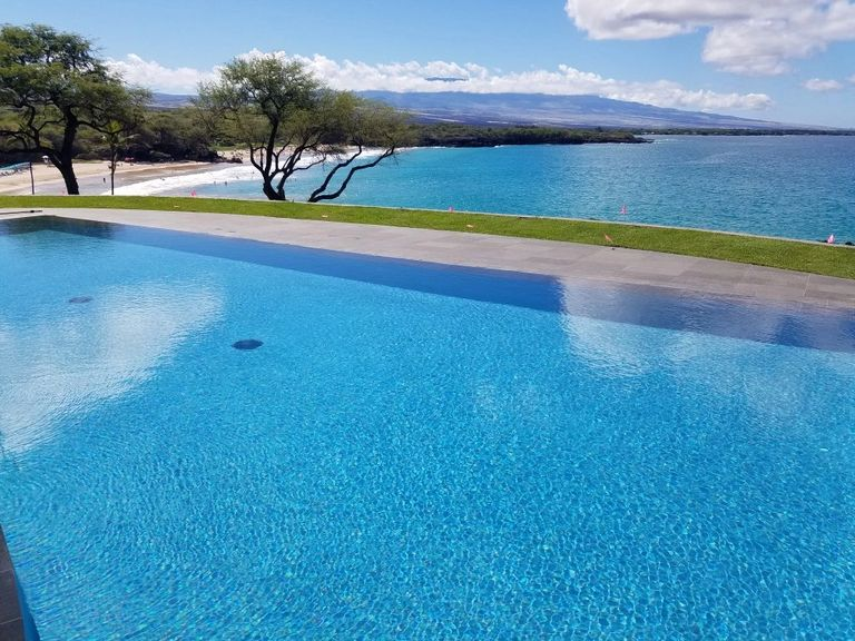 Five Star Pools Inc. Hapuna Beach Suite Pool with Blue Hydrazzo Interior Finish