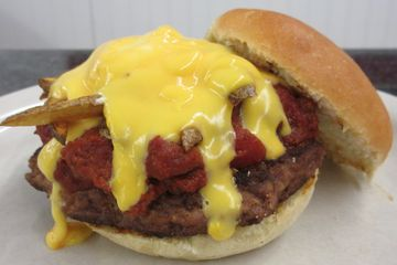 Chili Burger, Angus Burger with Chili and Cheese Sauce