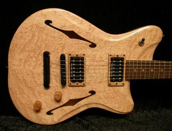 "Book-matched Birdseye Maple Cap, Semi-hollow Body, Seymour Duncan SH-2 ""Jazz"" (N) and SH-4 ""JB"" (Br)"