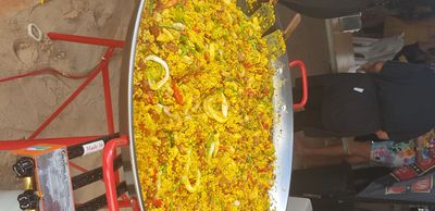 Perth Food Truck preparing Paella