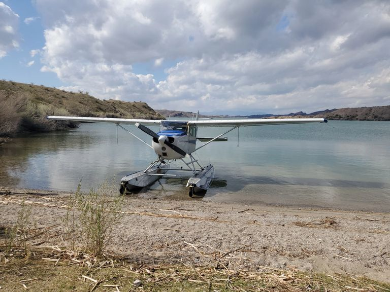Our C172  180HP Amphib is an excellent trainer