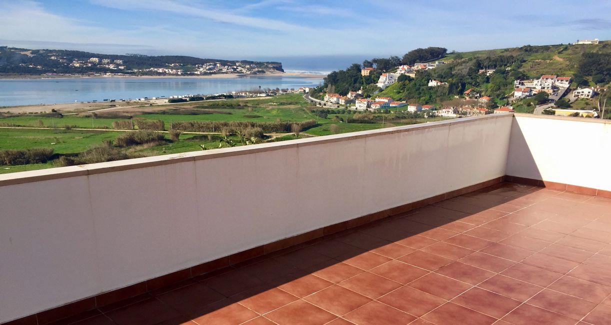 Silver Coast Foz do Arelho Real Estate with a Million Dollar view!