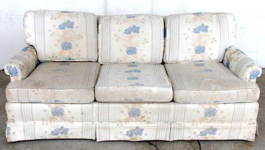 upscaling dated sofa, reupholstery project, reuphostery service, sofa restyle, top quality sofa redo