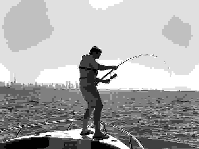 Fishing in Dubai, Fishing Dubai, Casting and jigging in dubai with Go Fishing Dubai.
