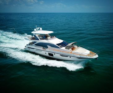 Azimut for charter