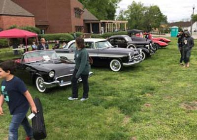 KYANA Region A.A.C.A. displaying cars at Iroquois Park