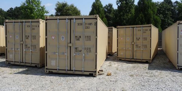 Rent ground level 20' or 40' containers. We deliver to your location.